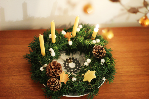 Advent_wreath_from_above
