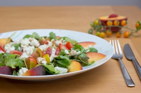 peach_caprese_salad