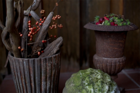 natural-winter-decoration-pots