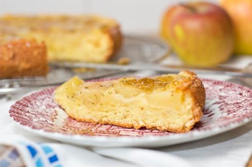 Rosemary-apple-cake-detail