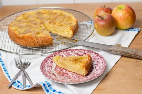Rosemary-apple-olive-oil-cake-recipe