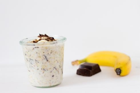 bircher-musli-banana-dark-chocolate-recipe
