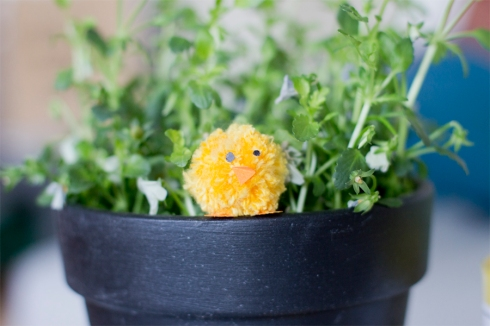 chick-in-a-pot-easter-decoration