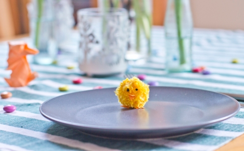 easter-table-plate-chick