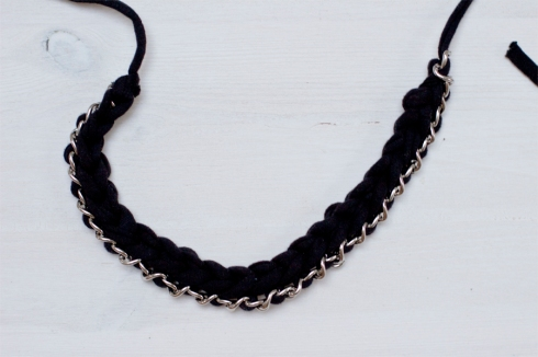 chain-zpagetti-crochet-necklace