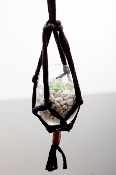 macrame-hanging-planter-tutorial