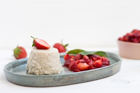 semolina-dessert-strawberry-compote-recipe