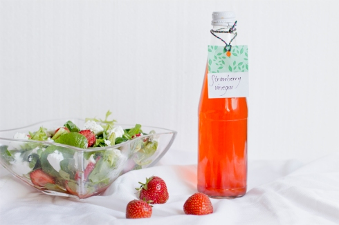 strawberry-vinegar-salad-recipe